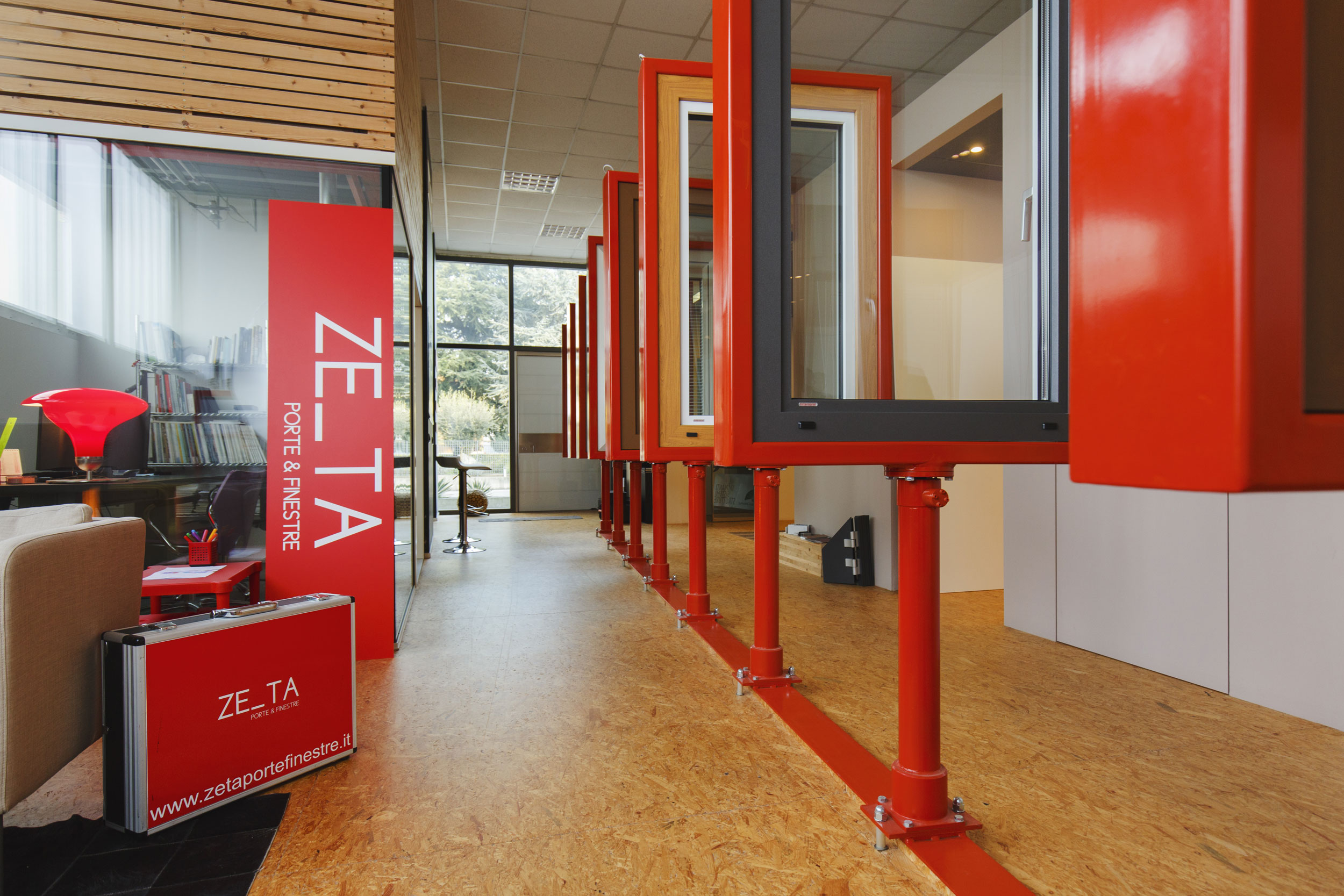Showroom Zeta Porte E Finestre3